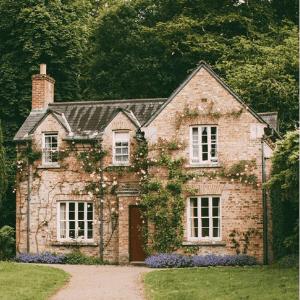 O casă la țară